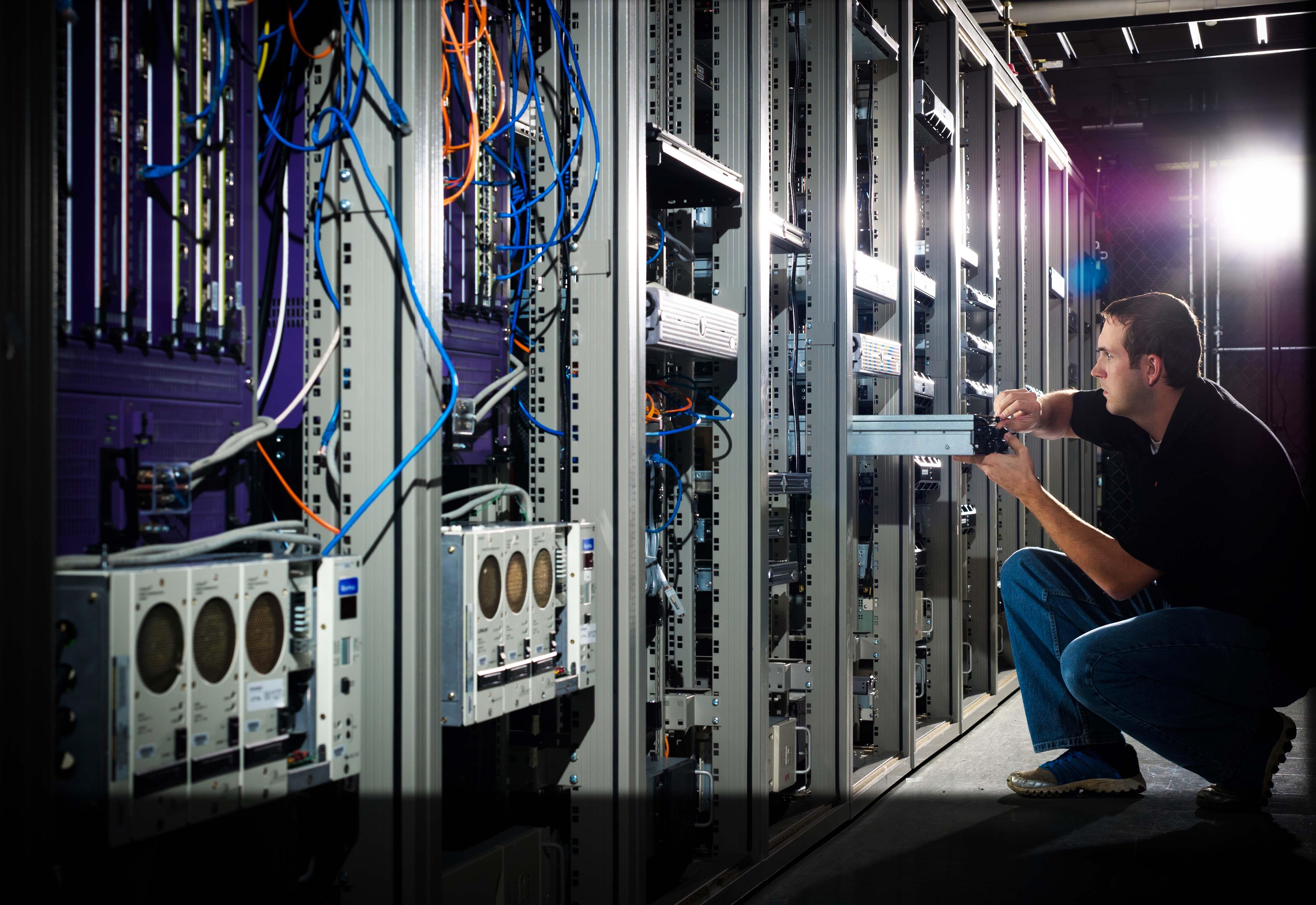 Apa Itu Colocation Server Untuk Web Hosting