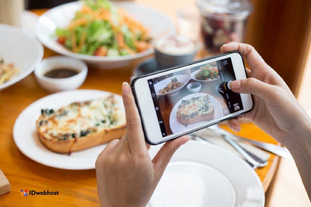 Cara Menghasilkan Uang Dari Food Blogger - BLOG IDwebhost