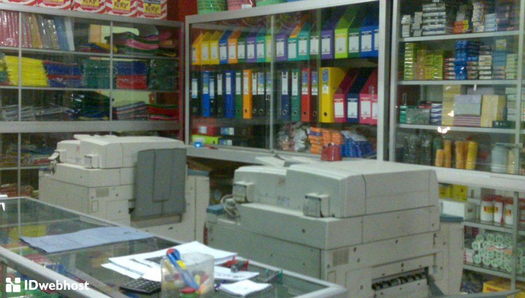 jenis usaha kekinian jasa fotocopy dan menjual berbagai alat tulis